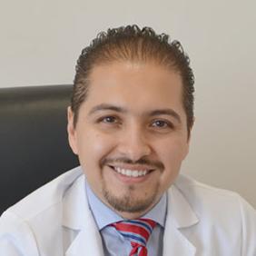 Dr. Carlos García Cruz